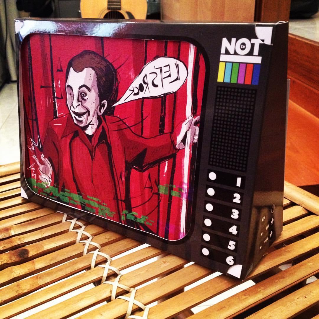 not-tv-01